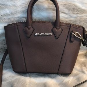 Michaels Kors (not sure if its authentic)